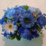 キレイな青色のアレンジメント